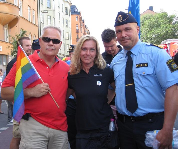 Blåljus - Nyhet - PRIDE i år igen för poliser 352d22c6f69ee